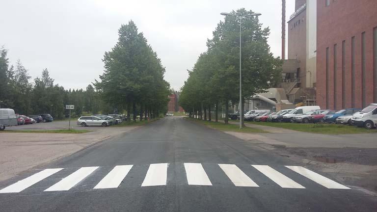 asfalttimaalaus-ruutumiehet-suojatie